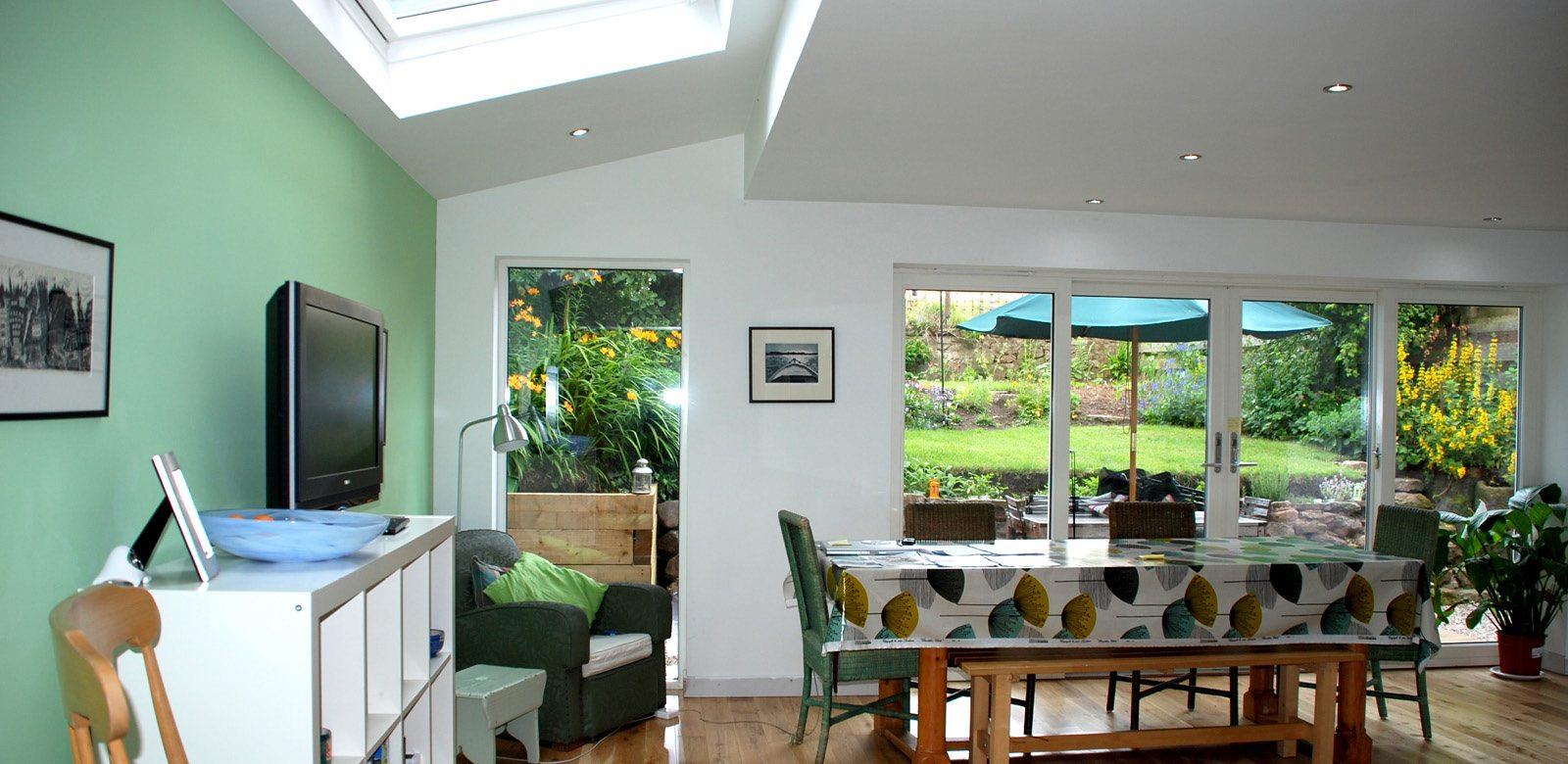 Modern home extension - design by Ross Smith & Jameson